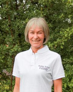 Andrea Tschich Osteopathin in unser Praxsiteam